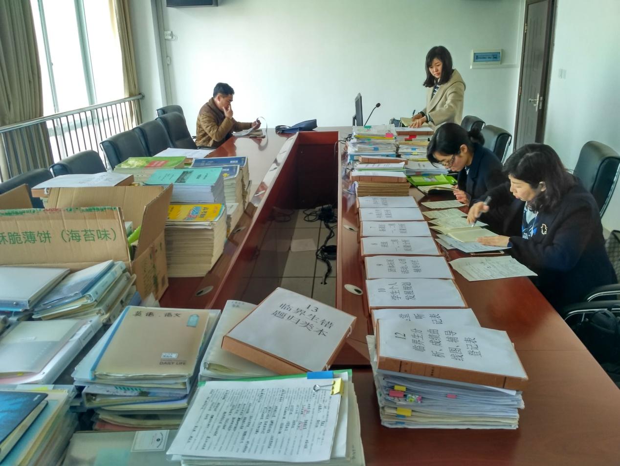科学定位,精准备考,齐心协力助登科——柳州市教育局高三视导团来我校检查工作